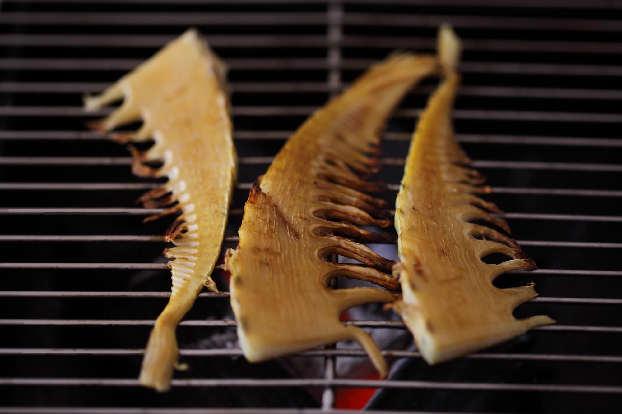 タケノコの炭火焼